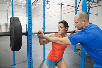 Principais erros e mitos de iniciantes na musculação - academia