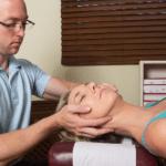 Quiropraxia: O que é, indicação e tratamento