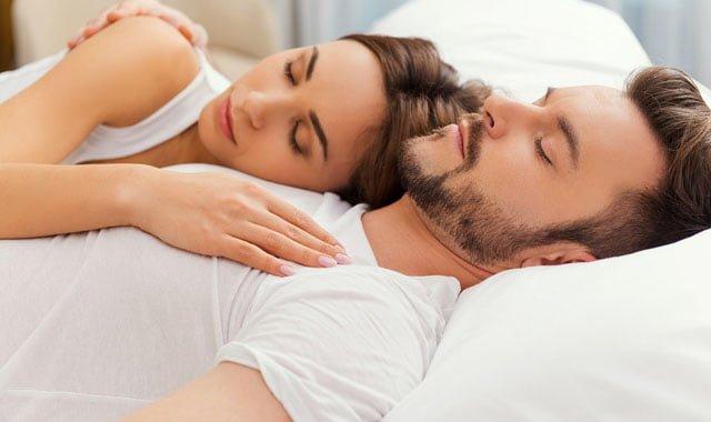 hábitos saudáveis para dormir melhor e acabar com a insônia