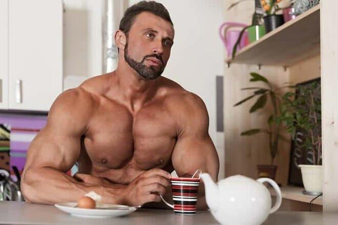 Dieta para quem treina de manhã academia musculação