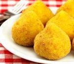 4 receitas de coxinha fit de batata doce e frango